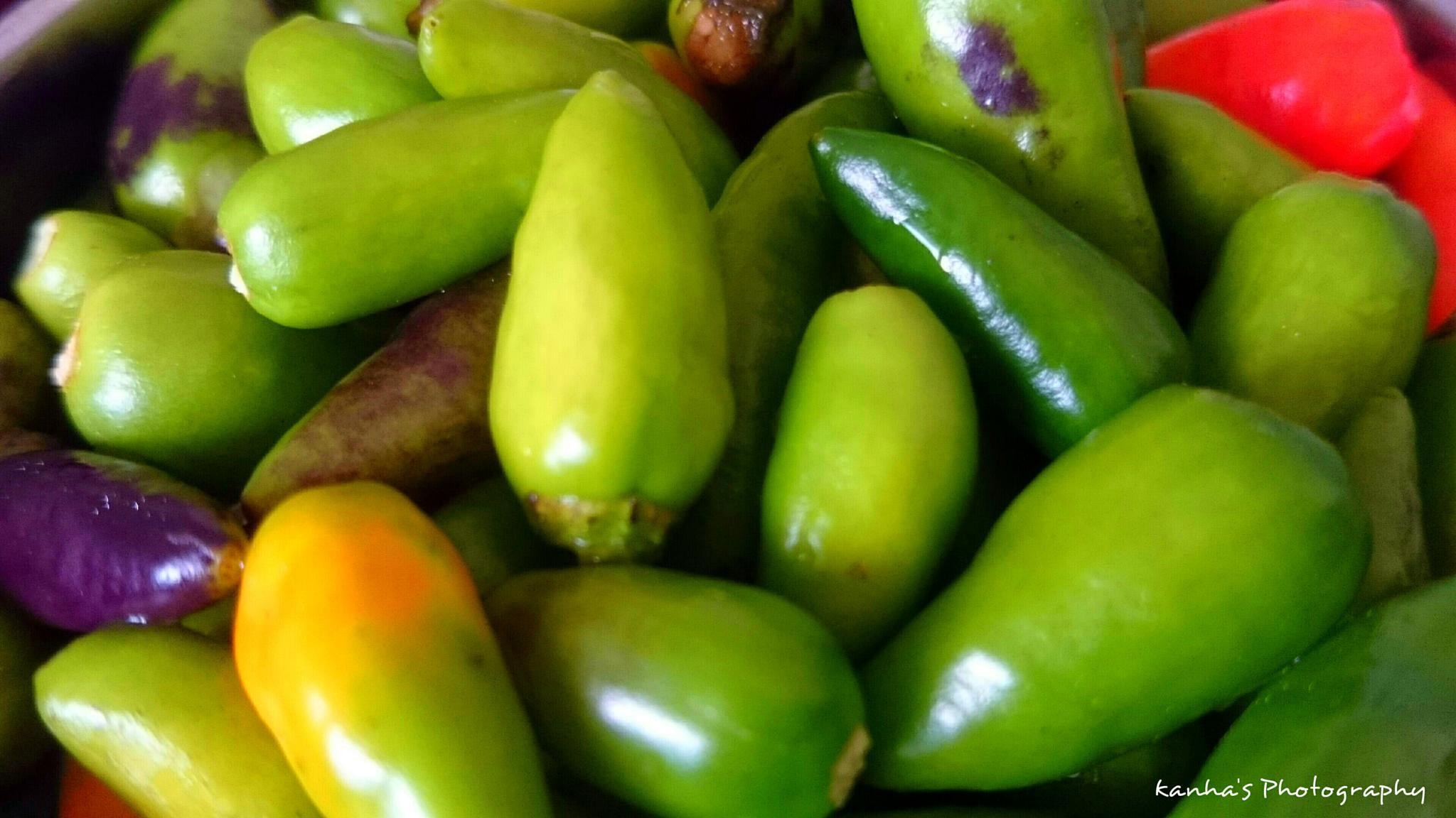 chillies  by sehrakanha