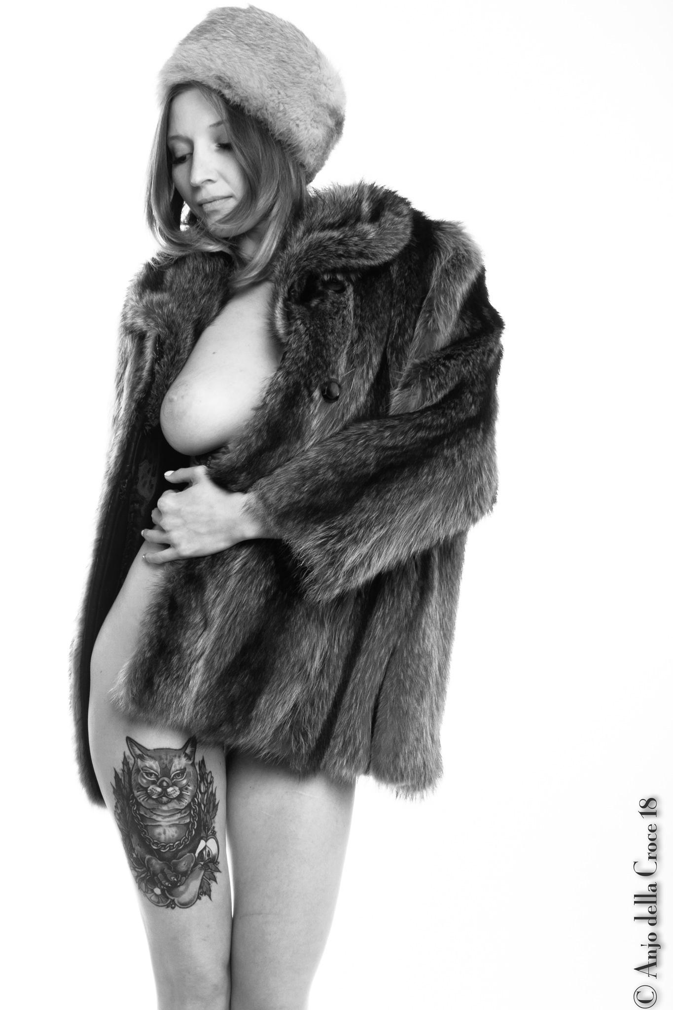 Fur coat by anjodellacroce