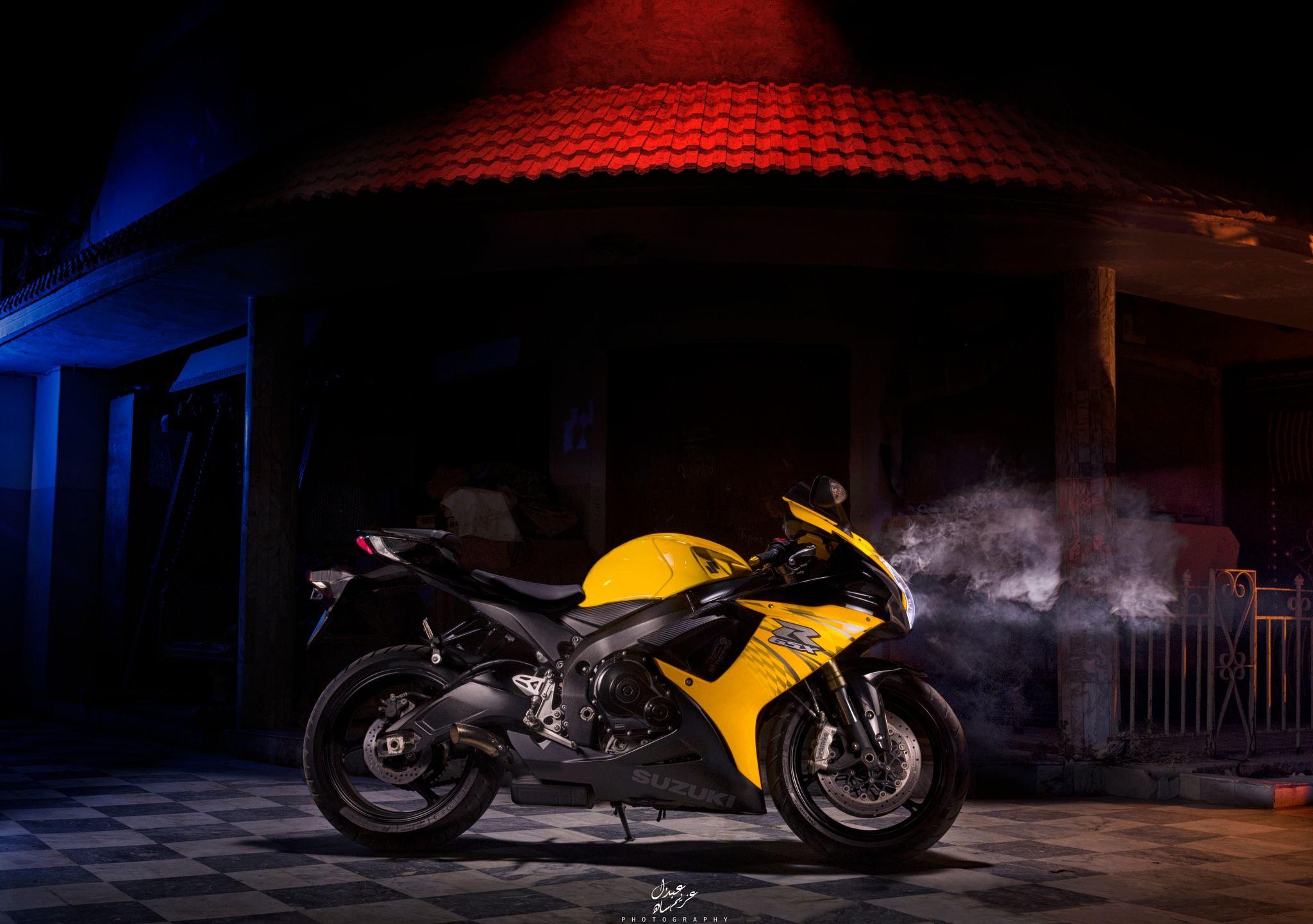 Suzuki GsxR  by Azeem Shah