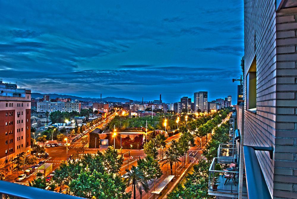 Poblenou (Barcelona) by Hector Lopez