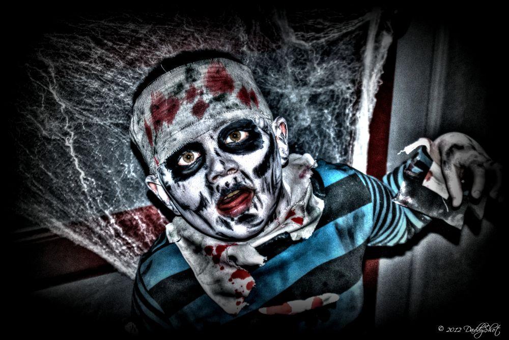 kid Zombie by DaddyShot