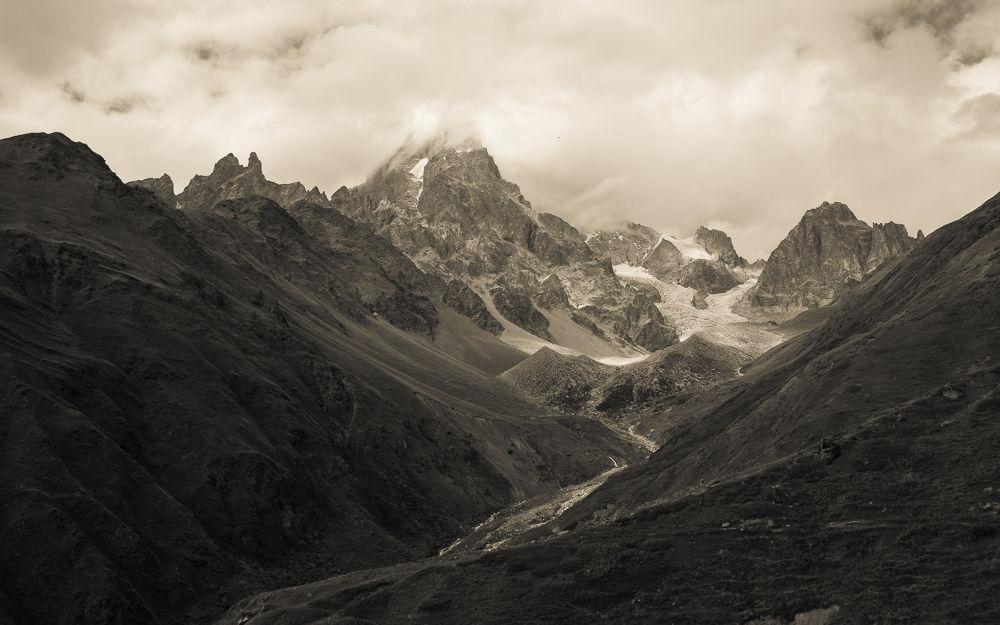 Mountain Light by RastislavDurica