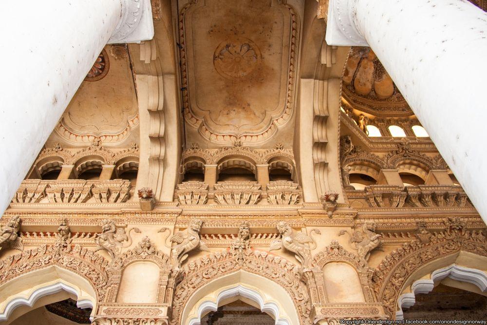 Thirumalai Nayak Palace by Eswaran Arulkumar