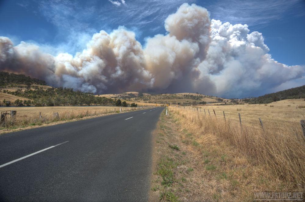 Dunally Fire, Tasmania by joshBakkum