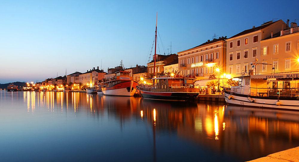Lošinj - Croatia by LiLDee
