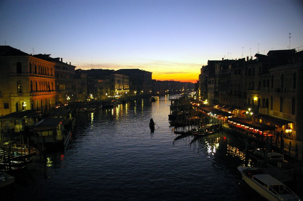 Venezia - Ponte Rialto by primicachero