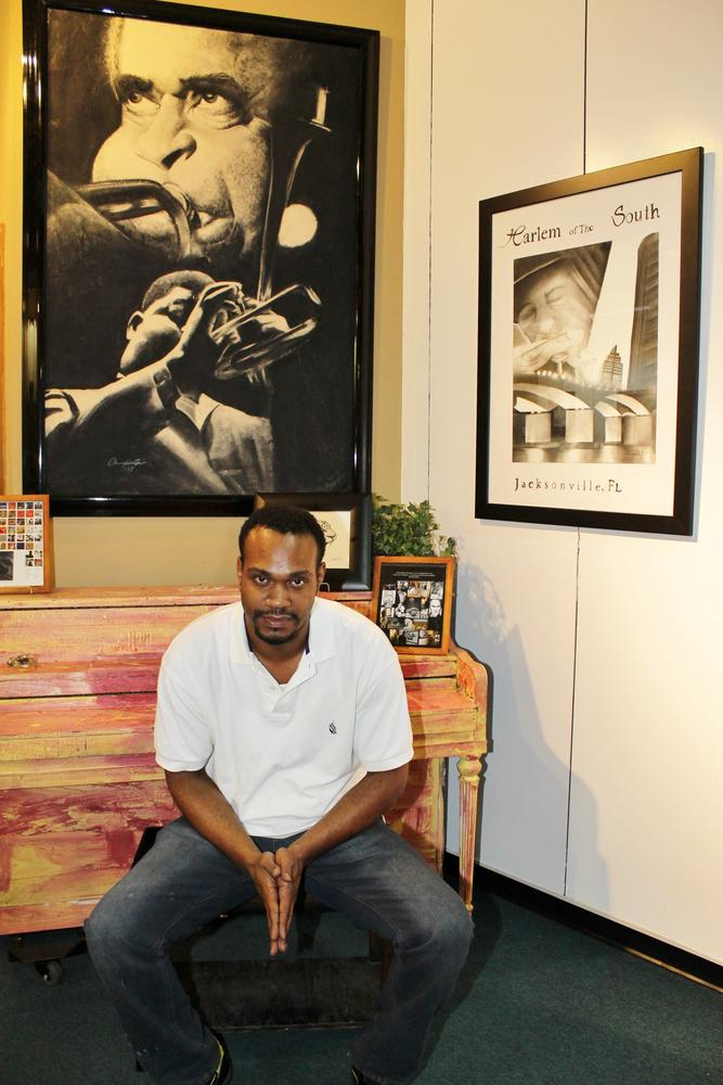The gifted Charcoal Artist Adrian Pickett of the Adrian Pickett Gallery (Jacksonville, FL) by Timeless Photographs By Rachel