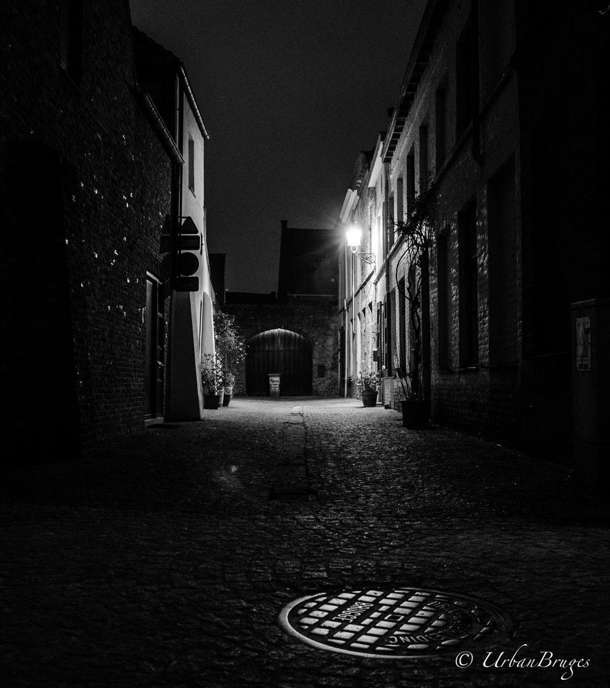 my city @ night by Lorenzo Suvee