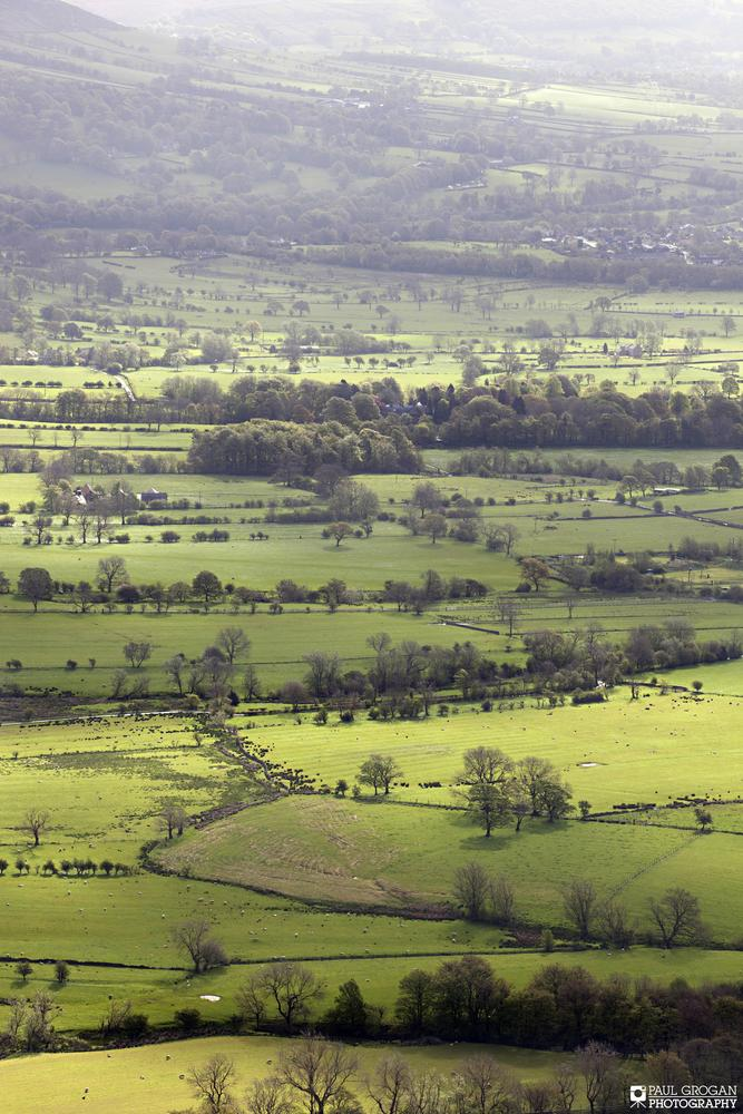 Mam Tor, Peak District by Paul Grogan