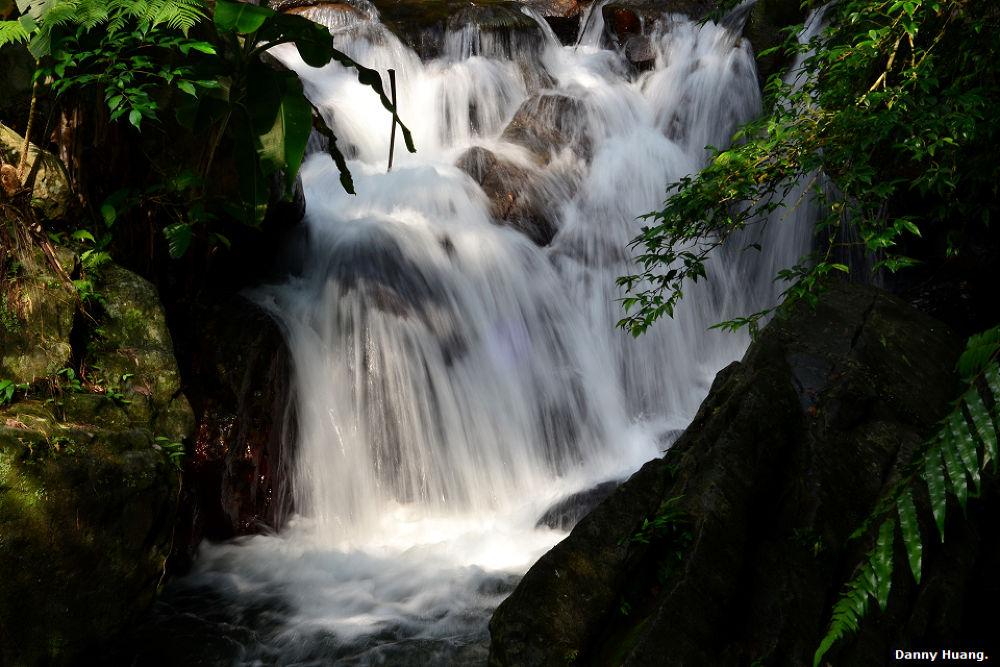 小瀑布 by wwwdanny