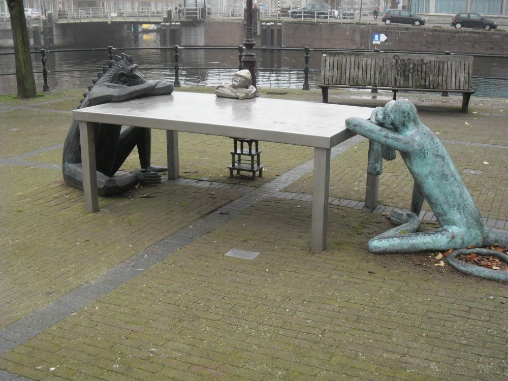 Art in Amsterdam by Tanja Henn
