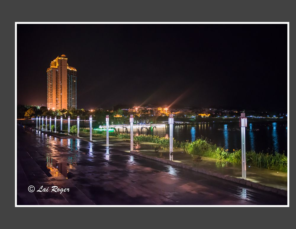 Lake Side at Night_428 by RogerLai