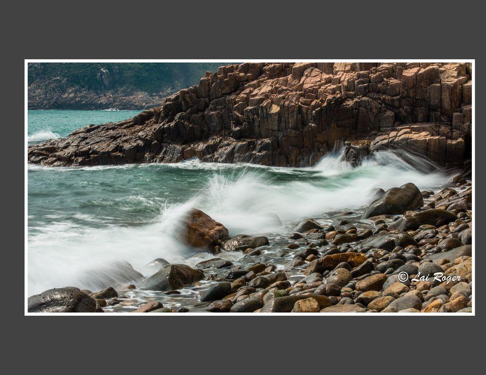 Striking Wave_628 by RogerLai