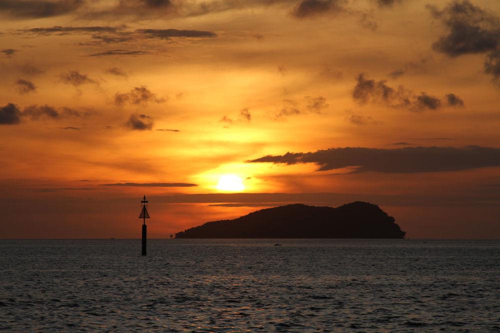 Sunset viewed from Waterfront, Kota Kinabalu, Sabah, Malaysia by RHOEL ILAGAN