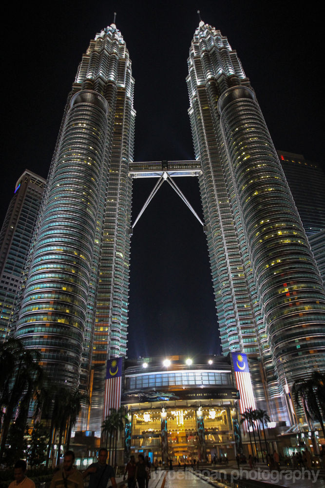 KLCC Petronas Tower, Kuala Lumpur, Malaysia by RHOEL ILAGAN