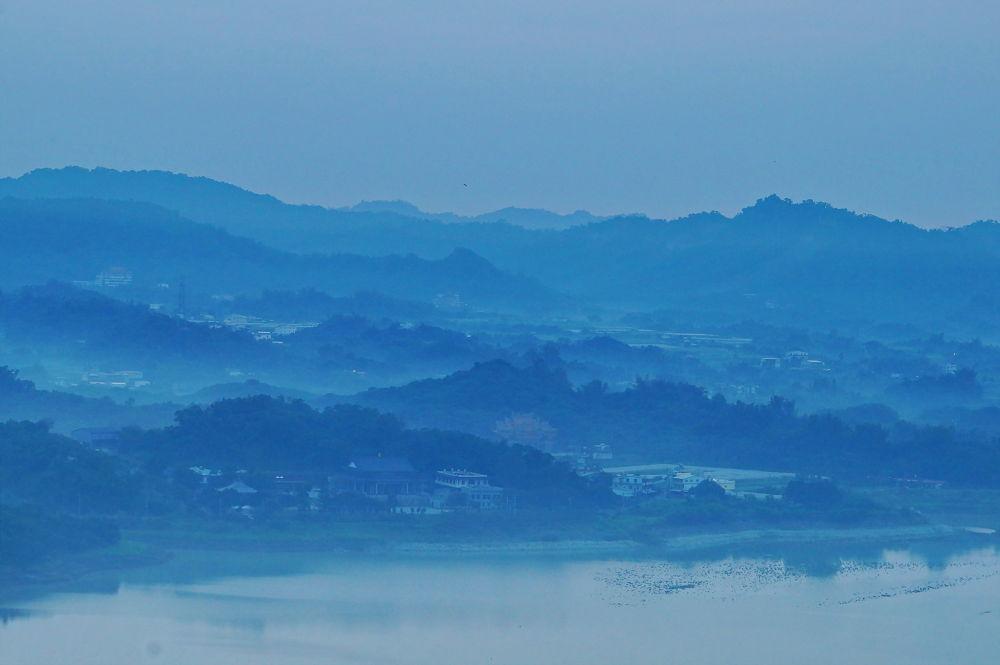 山中歲月 by chenxhao50