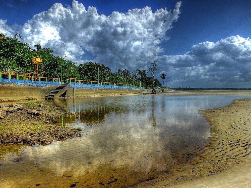 Vila de Beja, Abaetetuba, Pará, Brasil by Rui Oliveira Santos