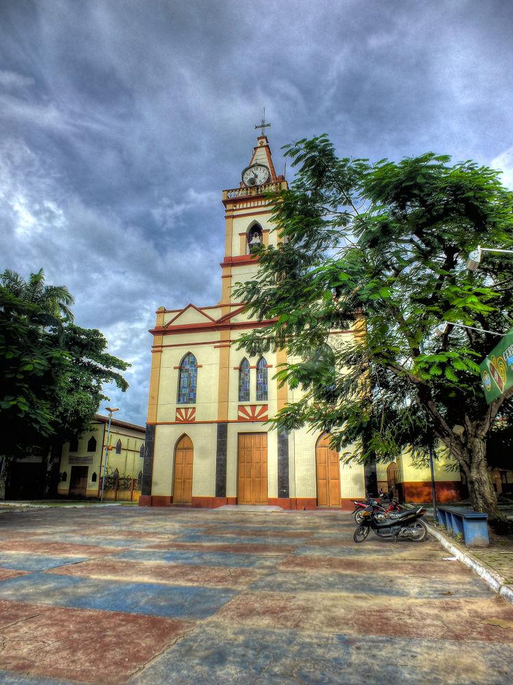 Catedral de Nossa Senhora da Conceição, Abaetetuba, Pará, Brasil (Amazônia) by Rui Oliveira Santos