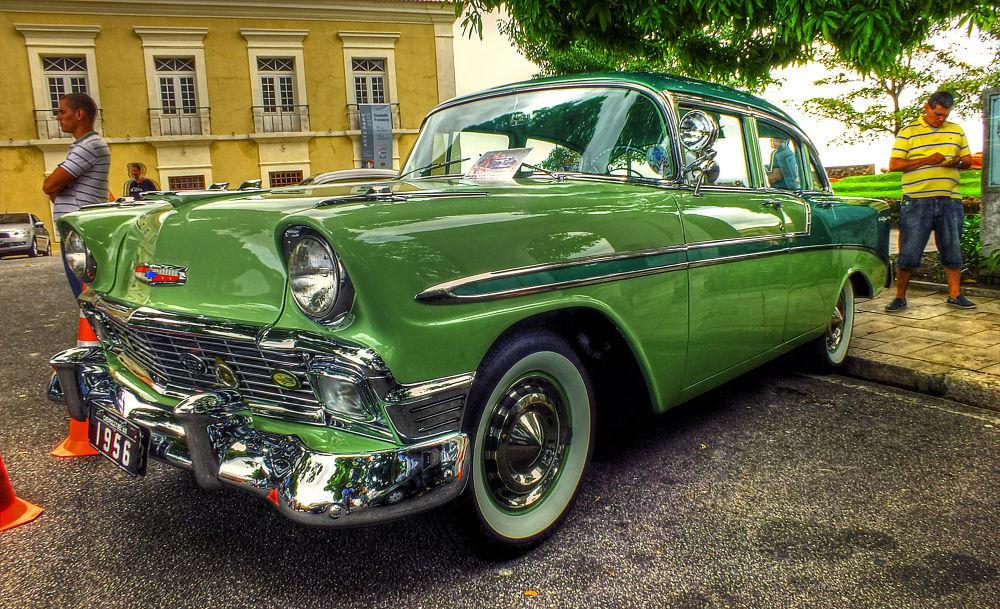 Old Car by Rui Oliveira Santos