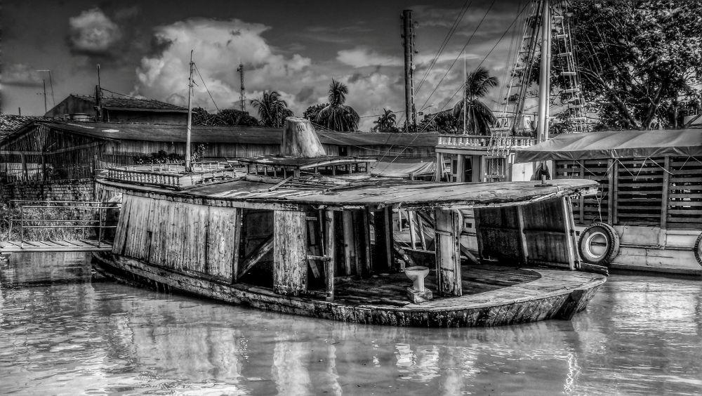 Abaetetuba, Pará, Brasil - barco Caliandares by Rui Oliveira Santos