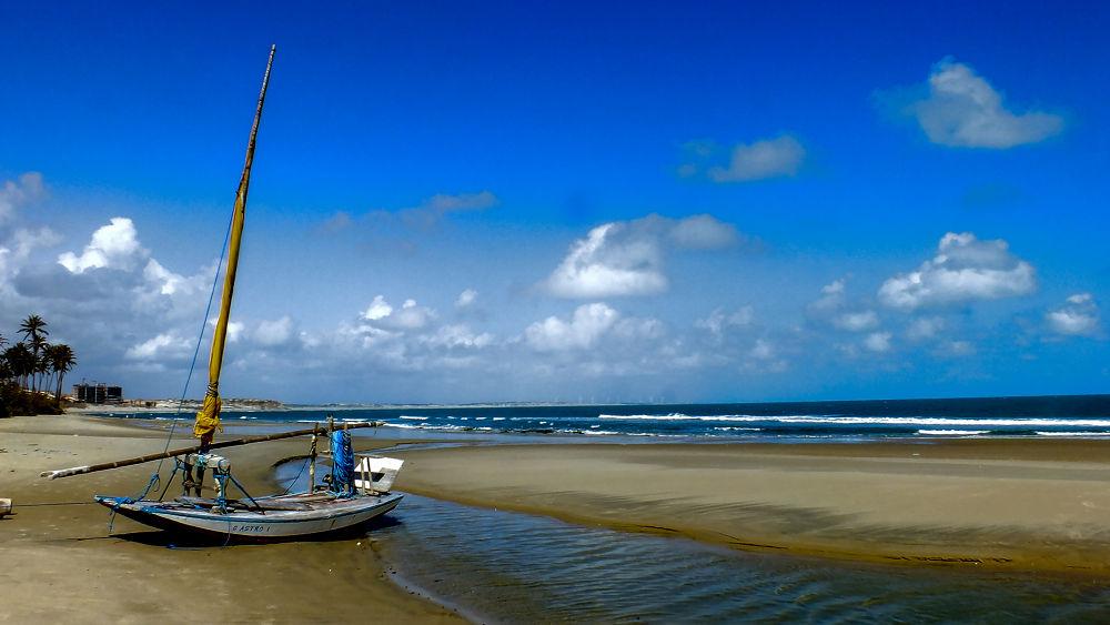 Paraipaba, Lagoianha beach, Ceará, Brasil. by Rui Oliveira Santos