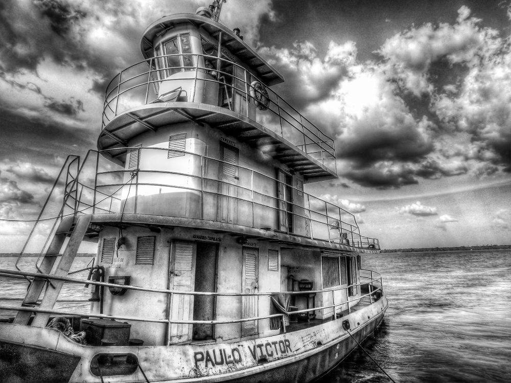 river boat by Rui Oliveira Santos