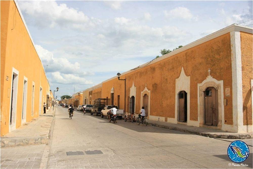 Izamal, Yucatan, Mexico by El Planeta México