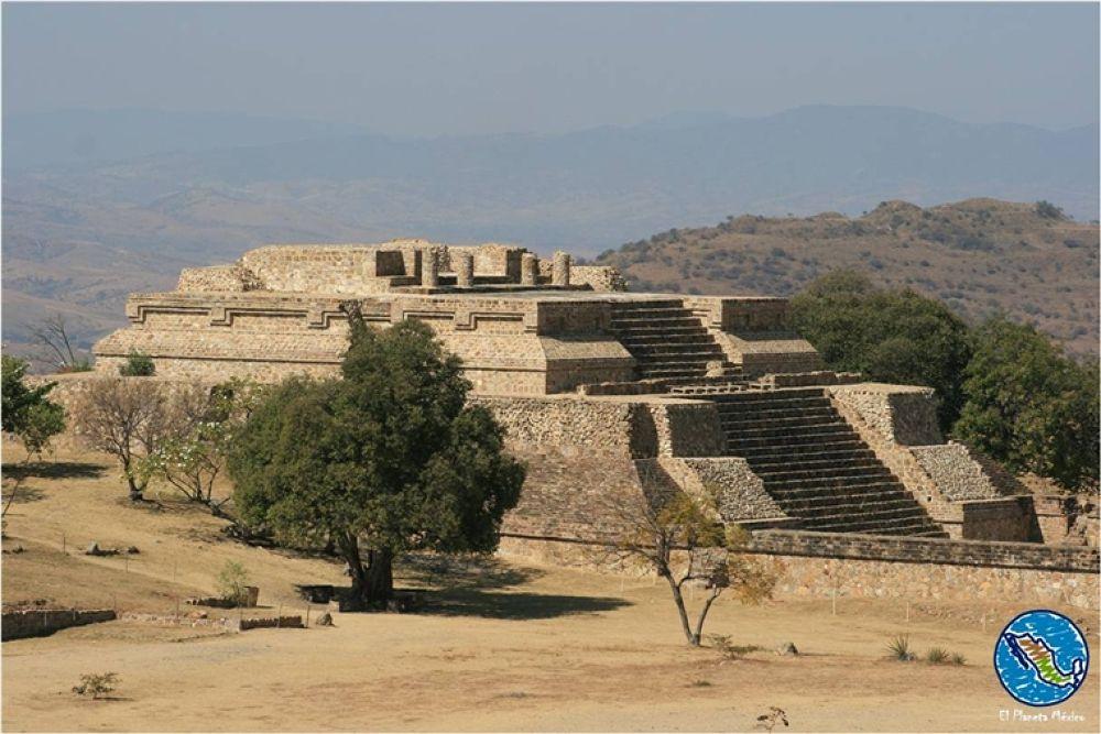 Monte Alban Archaeological site, Oaxaca, Mexico by El Planeta México
