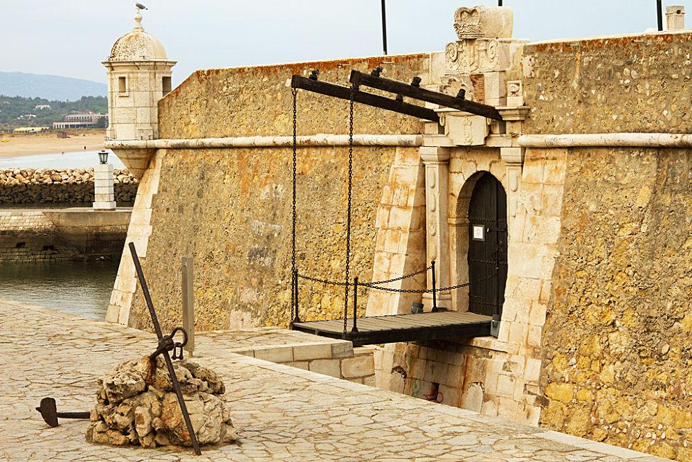 Lagos- Algarve by Jose Simoes