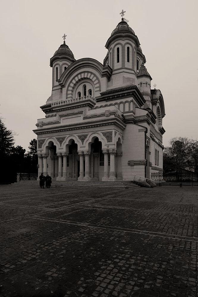 Catedral- Galati by Jose Simoes