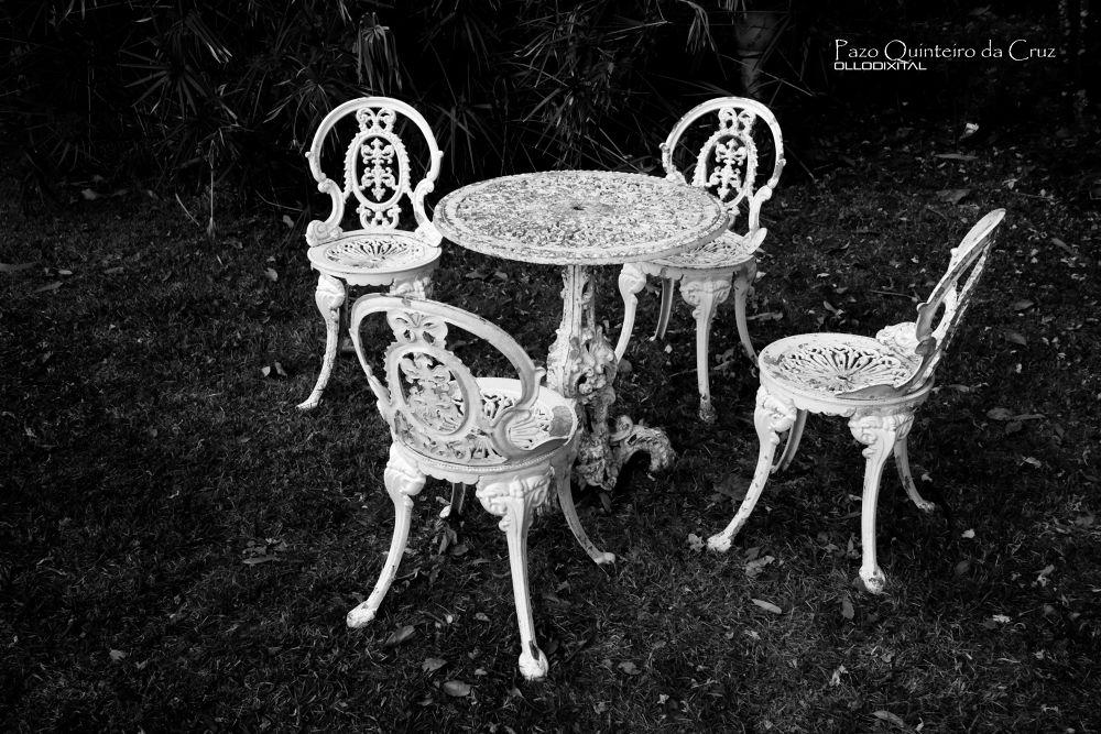 Black & White by OlloDixital