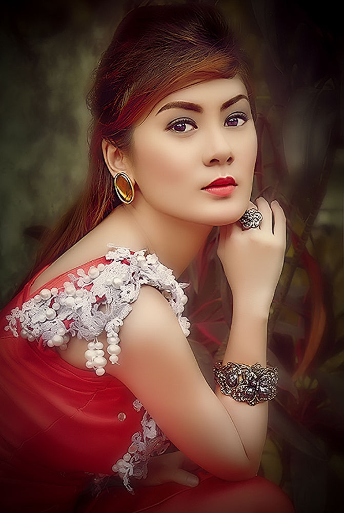 Photo in Portrait #people #portrait #fashion #glamour #emotive #expression