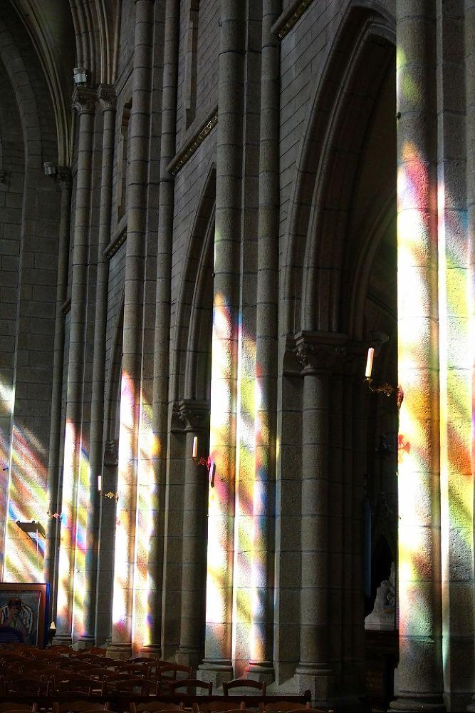 lumière divine  by leotempo