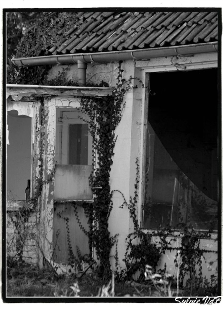 Doel Decay by sylvievdbphotography