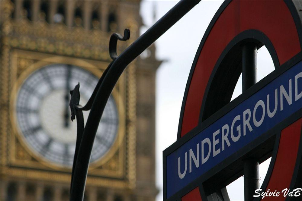 London Landmarks by sylvievdbphotography