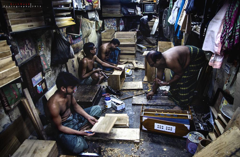 Photo in Random #lifestyle #documentary #harmonium #working #repair #shop #workshop #labor #indoor #story #nikon #d5100