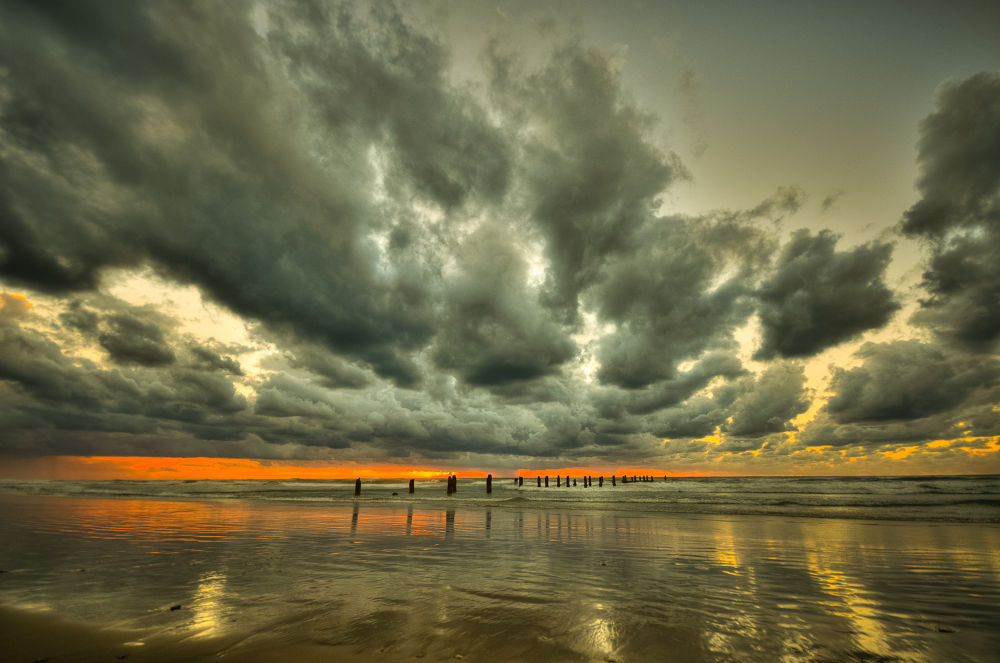Clouds on Sunset by ronen