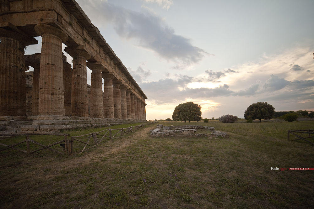 paestum parco archeologico by Paolo Liggeri