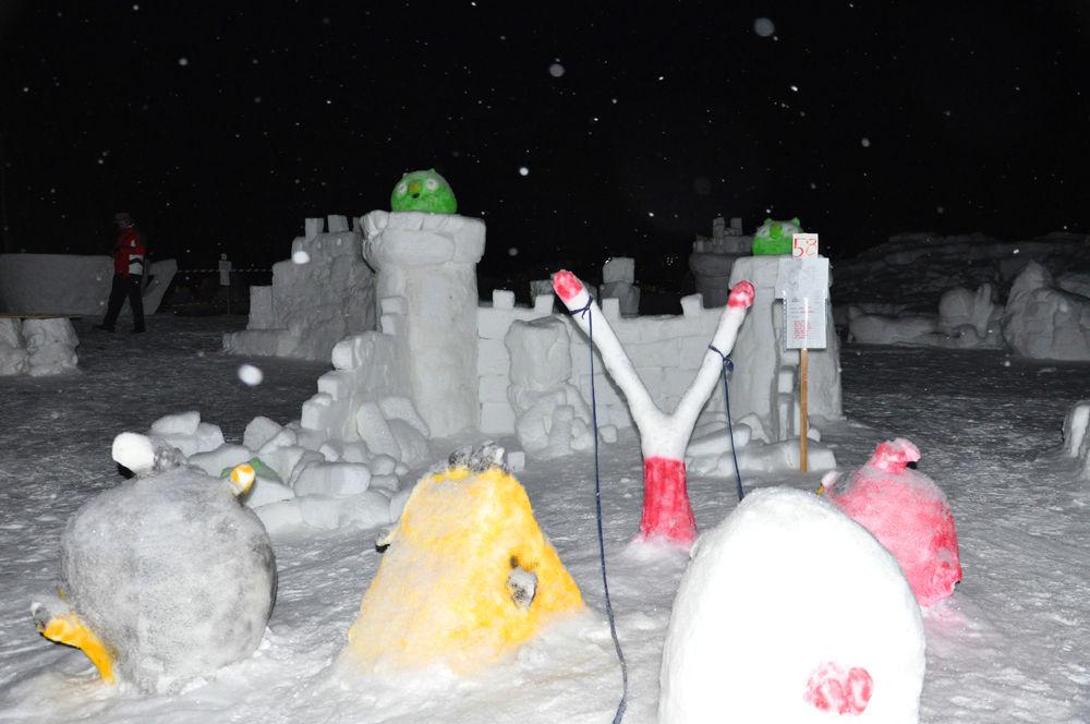 snow angry birds :)  by Lovi