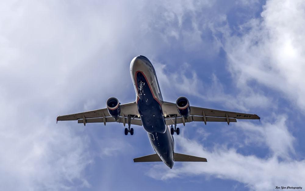 Airbus A320-214 Aeroflot by Kar Yan