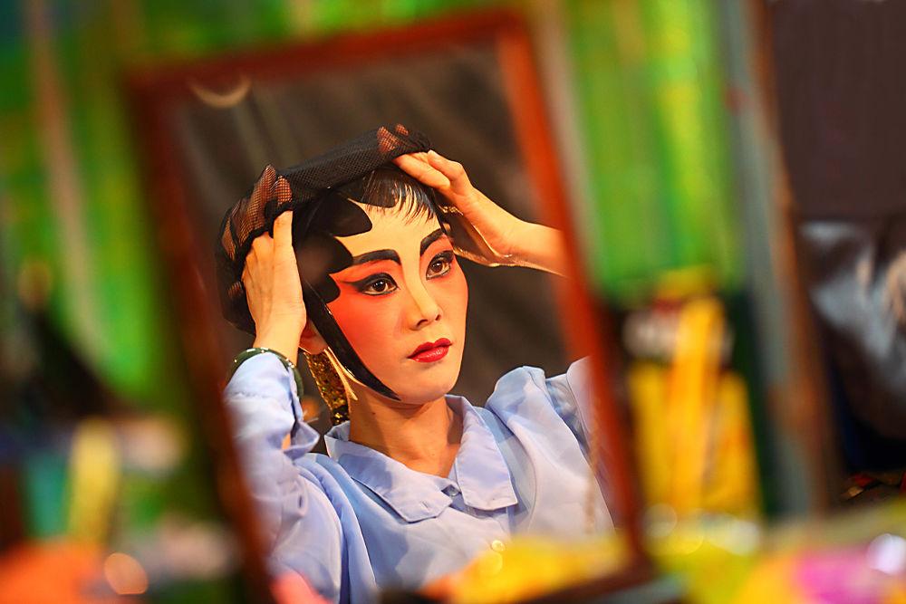 Chinese Opera by popvichaya