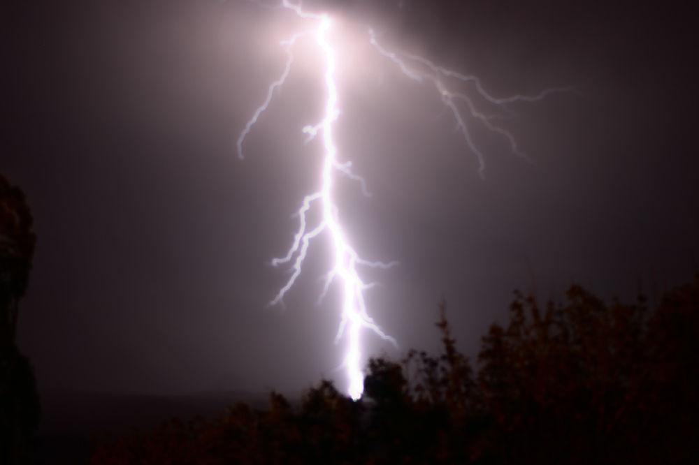 thunder  by sahoora83