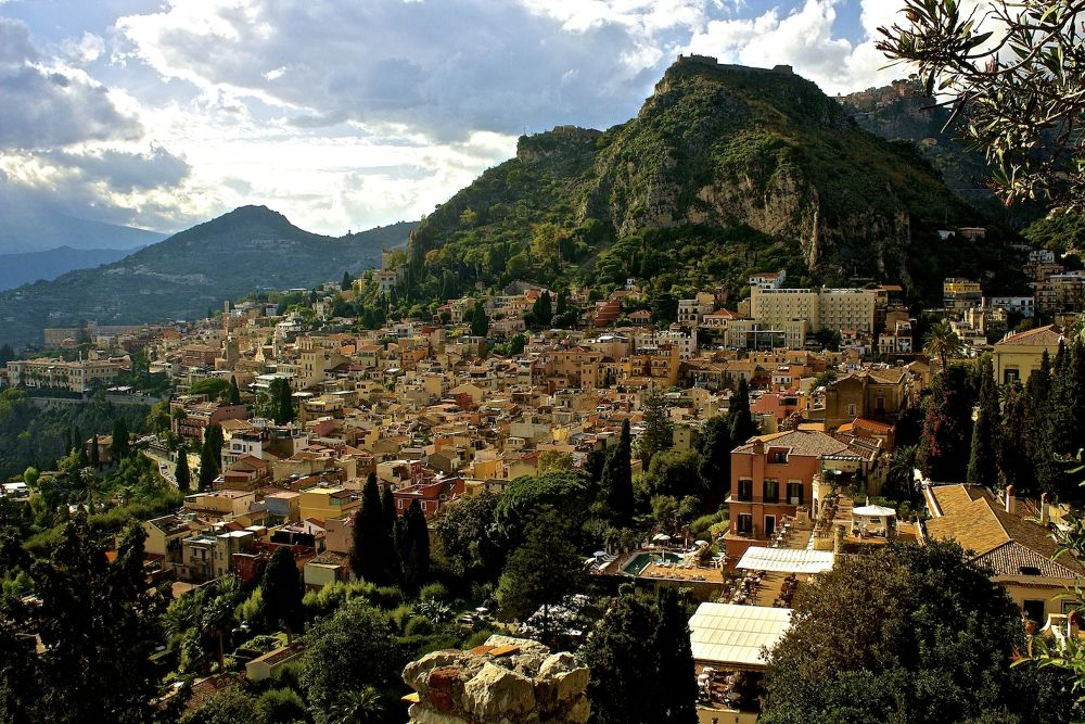The village in Sicily by SakariPartio
