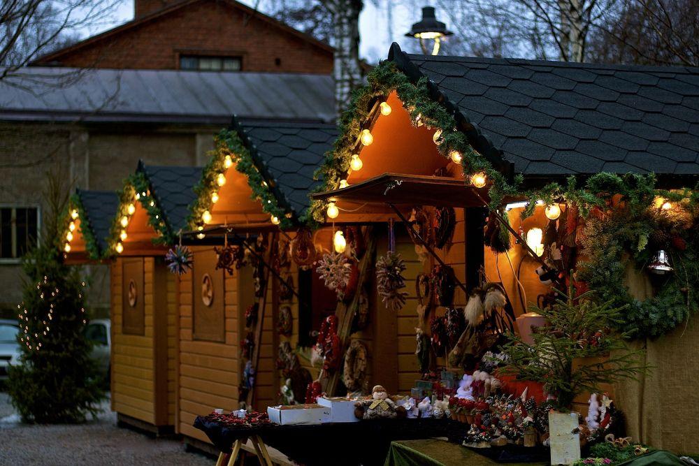 Christmas booth by SakariPartio