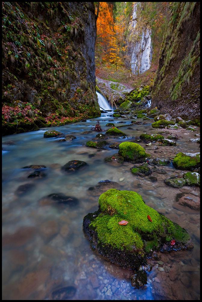 gorge #2 by zsoltandrasszabo