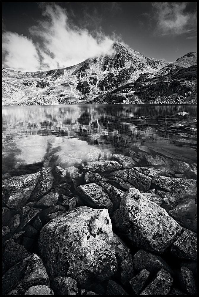 lake view by zsoltandrasszabo