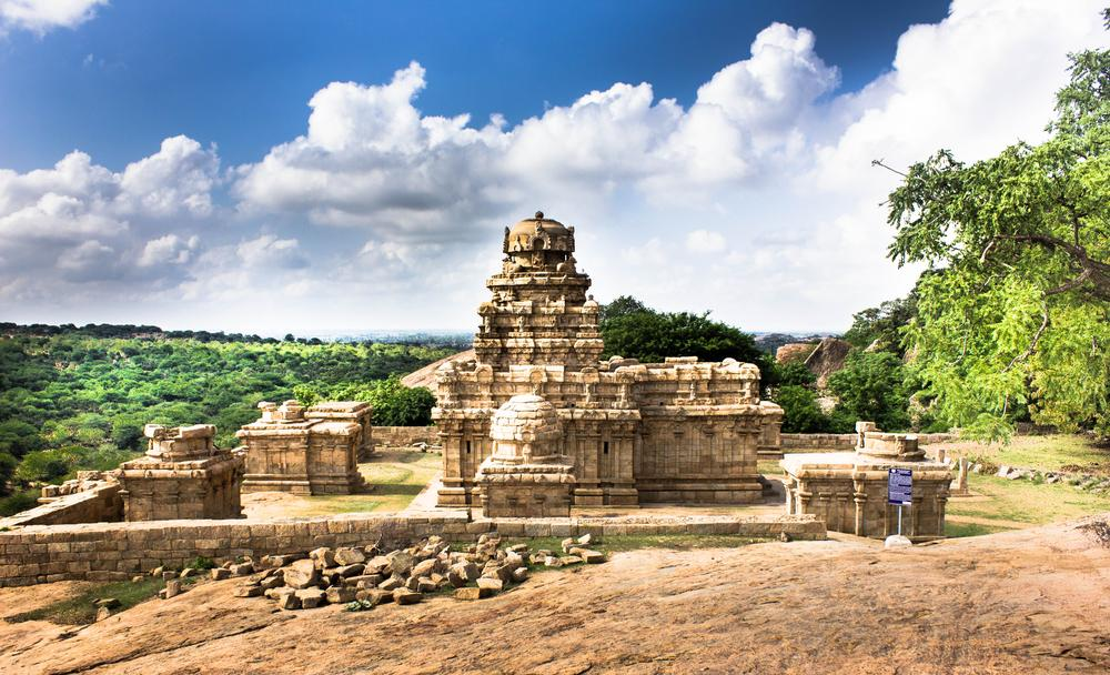 Photo in Landscape #ramesh m photography #ramesh muthaiyan #clouds #temple #ancient temple #pudukkottai #narthamalai #chozhasperiod temple #muthuraiyar temple #historical places #rock #hills #mountain
