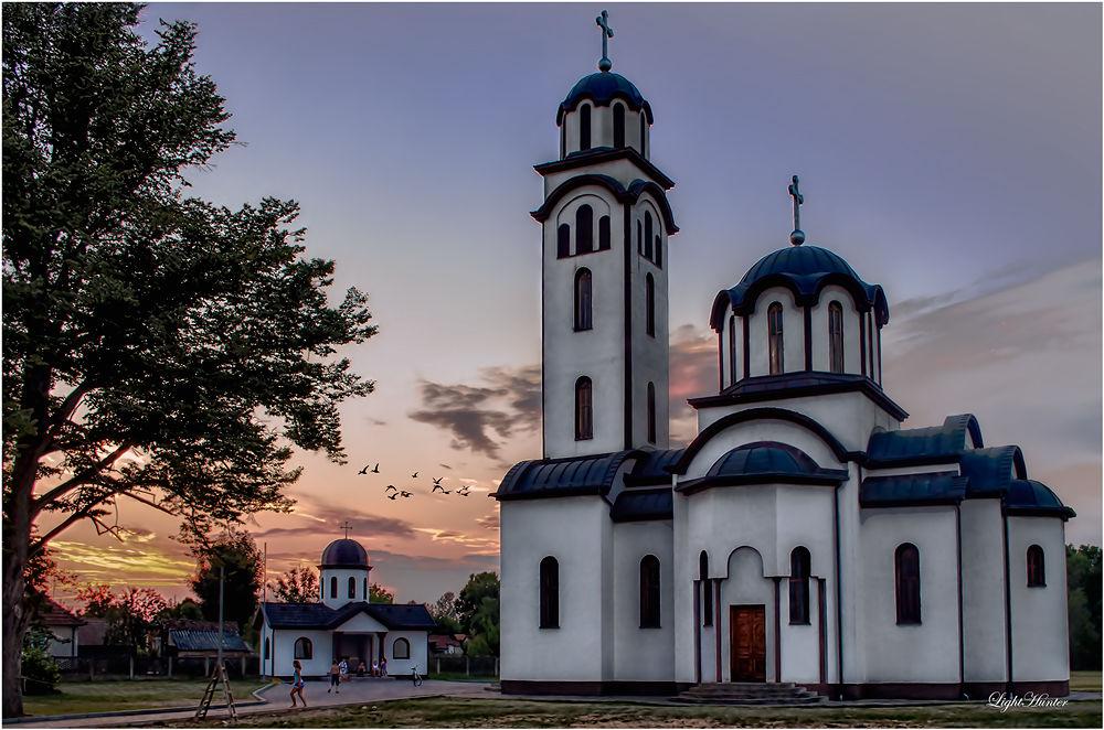 Sunset by Zoran Dujić - LightHunter