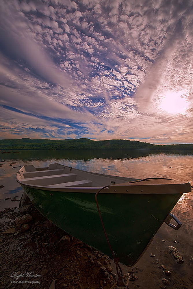 Neither land nor sea, neither day or night ... by Zoran Dujić - LightHunter