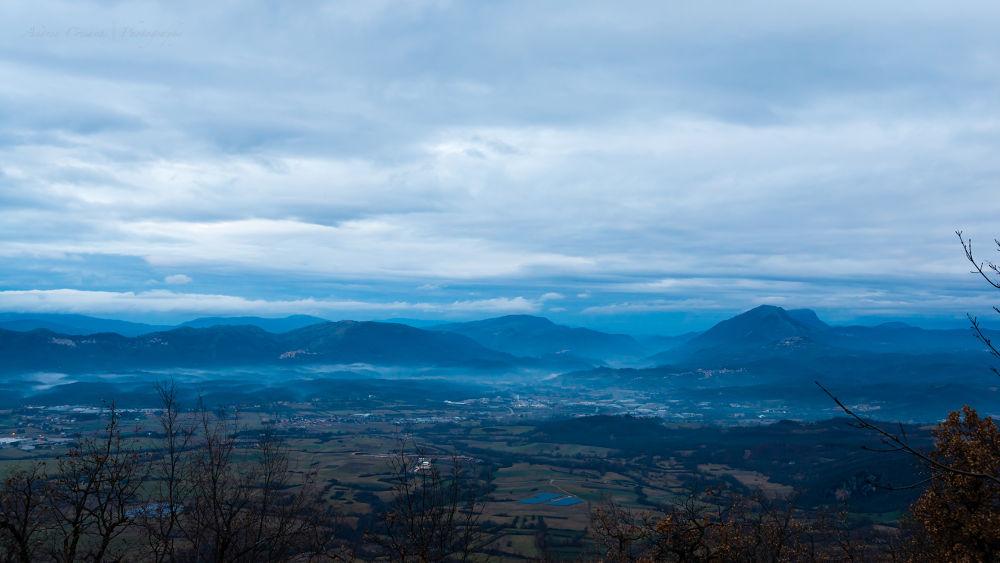 Just before the rain... by andreacrisanti